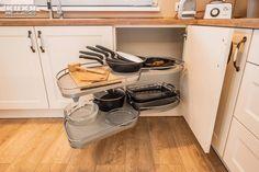 #cornerunit #kitchenorganization  #kitchenstorage  #kitchendesign #kitchenideas #KUXA #KUXAstudio #KUXAkitchen #mobiladebucatarie #bucatarii Corner Unit, Shoe Rack, The Unit, Foods, Storage, Kitchen, Design, Home, Food Food