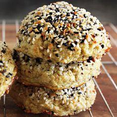 lexiscleankitchen-everything-bagel-cauliflower-rolls-400