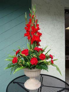 Gladiolus Arrangements, Funeral Floral Arrangements, Tropical Floral Arrangements, Christmas Flower Arrangements, Christmas Flowers, Church Flowers, Funeral Flowers, Ikebana, Blooms Florist