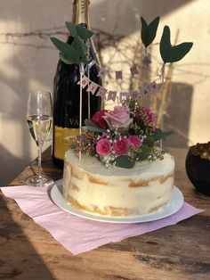 Cake, Desserts, Food, Pies, Cakes, Homemade, Pie Cake, Meal, Deserts