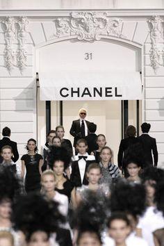 Maison de Couture en el  N° 31 de la Rue Cambon en París.