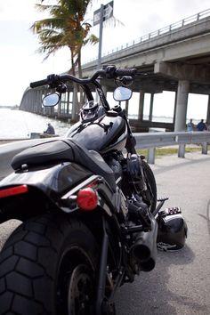Harley Davidson News – Harley Davidson Bike Pics Harley Fatboy, California Highway Patrol, Motorcycle Companies, Cool Motorcycles, State Police, Harley Davidson Bikes, Motorcycle Boots, Live In The Now, Helmets