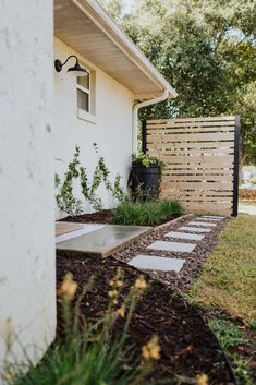 Adding Curb Appeal and Functionality to Our Yard - Within the Grove Outdoor Landscaping, Outdoor Plants, Front Yard Landscaping, Outdoor Gardens, Privacy Landscaping, Curb Appeal Landscaping, Landscaping Ideas, Backyard Privacy, Backyard Patio