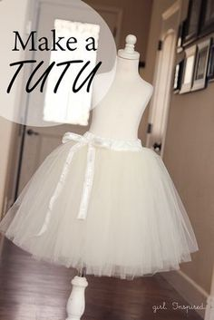 How to Make a Tutu Every girl wants to take a spin in a tutu at least once in their life. Learn how to make a tutu for twirling or lifting the skirt of a fancy dress. Diy Outfits, Sewing Hacks, Sewing Tutorials, Sewing Projects, Tutorial Sewing, Diy Projects, Diy Clothing, Sewing Clothes, Dress Sewing