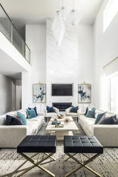 38 Classy Living Room Design Ideas That Will Trendy This Year - Beautiful craftsmanship and stunning decoration has always been favorites of many home owners. They add a touch of style and elegance to your home. Classy Living Room, Living Room Grey, Living Room Modern, Living Room Interior, Home Living Room, Living Room Decor, Contemporary Living Room Designs, Modern Contemporary, Rustic Modern