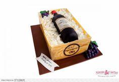 Wino, butelka wina, skrzynka z winem, tort w kształcie butelki wina, tort urodzinowy, torty dla dorosłych, urodziny, jubileusz, Tarnów