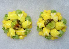 Vintage yellow green art glass flower clip on earrings. West Germany #StampedWestGermany #clipon