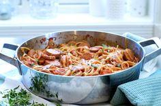 Pølsegryte i én kasserolle - one pot middag! One Pot, Dinner, Cooking, Ethnic Recipes, Food, Dining, Kitchen, Stew, Food Dinners