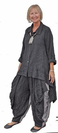 Amazing crinkled button front asymmetrical top over two toned full balloon pants. Super stylish!!!