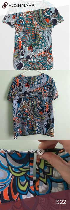 FACTORY PRINTED SILKY TEE Like new! Poly.  Back keyhole with button closure.  Machine wash.  Excellent condition, only worn a couple times.  Great for work! J. Crew Factory Tops Tees - Short Sleeve