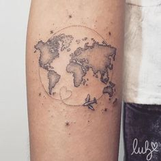 64 Ideas Travel Map Tattoo World - You are in the right place about 64 Ideas Travel Map Tattoo World Tattoo Design And Style Galleries - Mini Tattoos, Trendy Tattoos, Body Art Tattoos, Small Tattoos, Foot Tattoos, Globe Tattoos, World Map Tattoos, Tatoo Travel, Travel Tattoos
