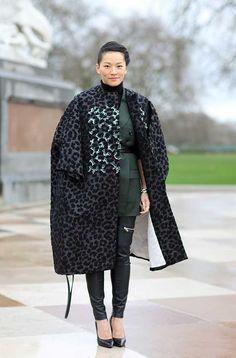 #TinaLeung in a gorgeous leopard print Dior coat. London