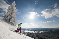 Ski alpin ou ski de descente à la Dôle (© Montagnes du Jura - Benjamin Becker)