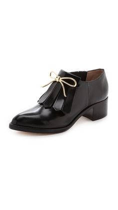 love the little bow on these zimmerman chelsea loafers