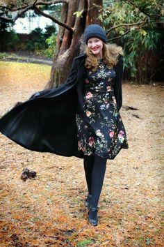 1f885b8fd Lily Jarlsson: A Flower Dress in Winter Vintage Looks, Retro Vintage,  Vintage Style