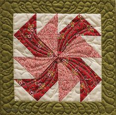 Excerpted from The Anniversary Sampler Quilt: 40 Traditional Blocks, 7 Keepsake Settings by Donna Lynn Thomas. Forty Years of Love, designed, pieced, and appliquéd by Donna Lynn Thomas, machine quilt