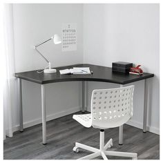 IKEA - LINNMON / ADILS, Corner table, white, Pre-drilled holes for five legs, for easy assembly. Adjustable feet make the table stand steady also on uneven floors. Screws for fixing the legs to the table top are included. Home Office Design, Home Office Decor, Office Furniture, House Design, Home Decor, Office Style, Ikea Office, Pipe Furniture, Furniture Vintage