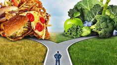Voici les8 plus gros mensonges officiels surl'alimentation C'est malheureux, mais les recommandations des nutritionnistes «officiels» sont souvent à mille lieues des enseignements de la science et du bon sens. Pourquoi? Parce que l'alimentation est au cœur d'intérêts politiques, industriels et financiers puissants! Voyez plutôt les 8 énormes mensonges qu'on entend quotidiennement dans les grands médias… […]