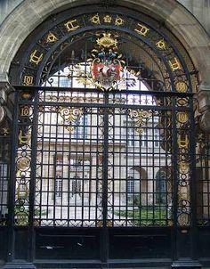 Carnavalet Museum gate, Paris