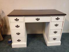 Painted cream desk White Desks, Office Desk, Corner Desk, Vanity, Diy, Furniture, Home Decor, Corner Table, Bricolage