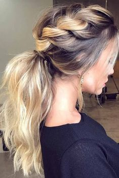 Don know how to make your ponytail hairstyles for the gym cute and practical at the same time Our ideas will help you with this puzzle.