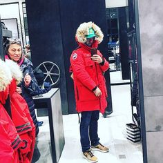 Antarctica basic bitching so hard at Canada Goose Chicago store.  #CanadaGoose #BlackFriday2017 #FW17