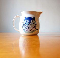 Arabia of Finland blue cat pitcher.
