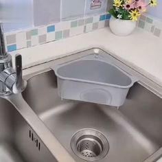 Free up space around your kitchen countertop and sink area with the help of this Triangular Sink Drain Shelf. With compact triangular structure, this shelf fits neatly most sinks and any corner. The extra space can be fully used for various purposes As a Diy Kitchen Storage, Home Decor Kitchen, Kitchen Furniture, Kitchen Interior, Kitchen Design, Small Kitchen Decorating Ideas, Rustic Kitchen, Apartment Kitchen Decorating, Apartment Kitchen Storage Ideas