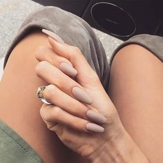 Matte Nude = Perfect! Tag a friend who would love this. #mattenails #nudenails http://ift.tt/2eI99y3