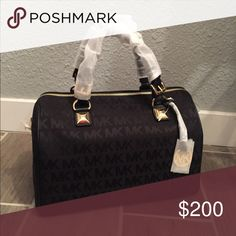 BRAND NEW Michael Kors Purse A brand new, with wrapping still on Michael Kors purse! Michael Kors Bags Totes