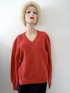 1960s Wool Sweater / heather rose v-neck knit pullover / vintage preppy fall & winter fashion