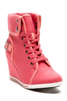 my sister would love to have these... but only if they were yellow