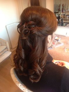 #brunette #weddinghair #bridesmaid bride #hair #wedding ideas