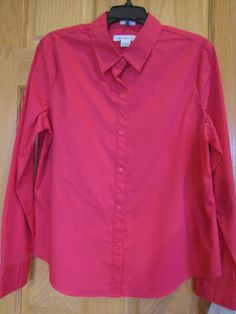 NWT LIZ CLAIBORNE Long Sleeve Woven Stretch Shirt Bright Rose Size L Ret $34.  Beautiful color.  Slimming tip:  roll sleeves to draw attention away from hips and give your top a more stylish feel.  Add a big bracelet for WOW.