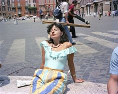 Dolce Via: Italy in the (Damiani, March features photographs by Charles H. Traub, a frequent visitor to Italy during the (All rights reserved. European Summer, Italian Summer, European Vacation, Italy Fashion, 80s Fashion, Vintage Fashion, Ulzzang Girl Fashion, Fotografia Social, Luigi