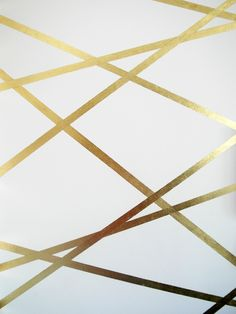 Goldstripes on white wall using gold leaf ~ extraordinary! Gold Striped Walls, Gold Walls, Gold Stripes, Washi Tape Wall, Gold Leaf Art, 3d Wall Panels, Gold Interior, Dining Room Walls, Geometric Wall