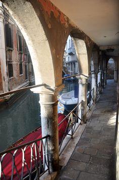 Venice, Italy - Pathway