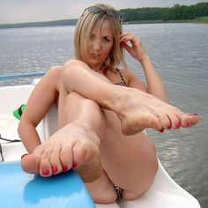 Tits boobs breasts feet soles toes foot mature