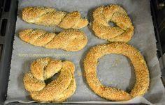 Ανθοκούλουρα ή ανθοτυροκούλουρα ή απλώς τυροκούλουρα! - Κρήτη: Γαστρονομικός Περίπλους Pastry Art, Savoury Dishes, Bagel, Food Inspiration, Food To Make, Party, Food And Drink, Sweets, Bread