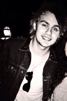 Mikey I don't get how people can call him ugly. Hes so amazing and beautiful and uhh love him so much