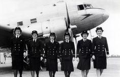 1943-1946: BOAC female cabin crew in uniform