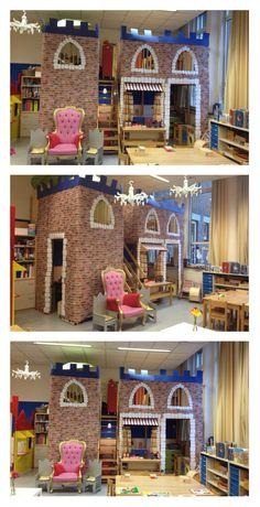 Huishoek omgetoverd tot kasteel thema sprookjes.   Castle in the classroom.