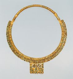 achaemenid NECKLACE
