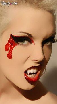 Fierce and sexy #vampire! #Halloween