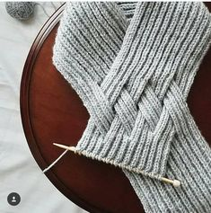 Challenging projects of Second one is a work in progress. It turned out how I expected. This scarf will be easy to… Knitting Stitches, Knitting Designs, Knitting Patterns, Hat Patterns, Knitting Ideas, Teddy Bear Knitting Pattern, Mad Hatter Hats, Aran Weight Yarn, Victorian Fashion