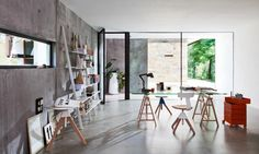 Libreria a giorno modulare in acciaio verniciato a polvere TYKE – THE WILD BUNCH By Magis design Konstantin Grcic Chariot A Roulette, Office Furniture, Furniture Design, Joe Colombo, The Wild Bunch, Air Chair, Contemporary Side Tables, Contemporary Office, Adjustable Table