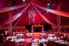 Mariage dans un cirque et dans un théâtre