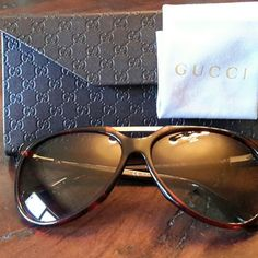 Gucci 'Red Havana' Sunglasses AUTHENTIC Worn once,  very good condition, lenses are perfect.  Tortoise plastic frame,  width 58mm, bridge size 14mm, temple arms 140mm. Unisex aviator, 100% UV protection.  Made in Italy, comes with folding authentic Gucci case and cloth.  Model GG 3501/B/S 9P661 Gucci Accessories Sunglasses