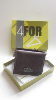 New in box, this stylish card wallet will be a practical yet thoughtful gift.