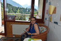 in Godegg (bei Schwarzach) Besuch Anneliese Pagitsch August 2019 Learn English, Singing, Portraits, Artist, Learning English, Head Shots, Artists, Portrait Photography, Portrait Paintings